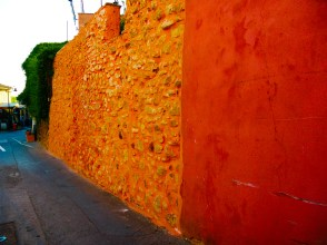 Characteristic colours of Rousillon
