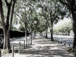 Walking in boulevard Michelet #bleach_bypass