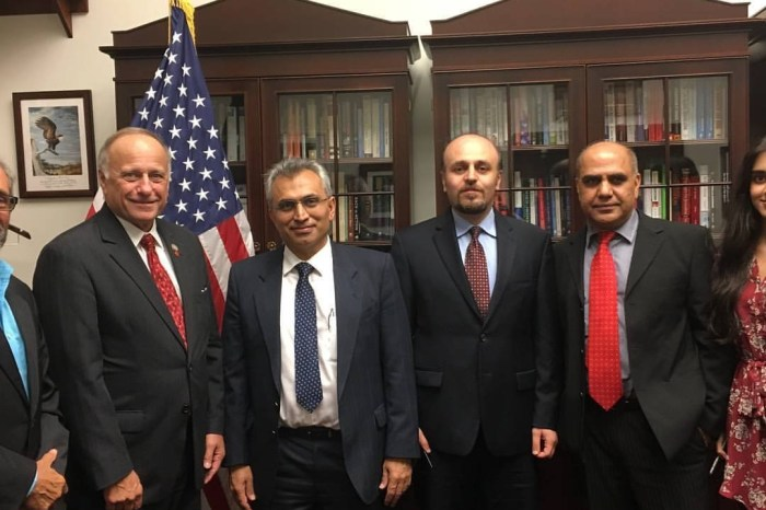 A Delegation of Iranian Nationalities Met With Congressman Steve King