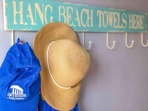 coral cottage pdl lane hang towels rack 2