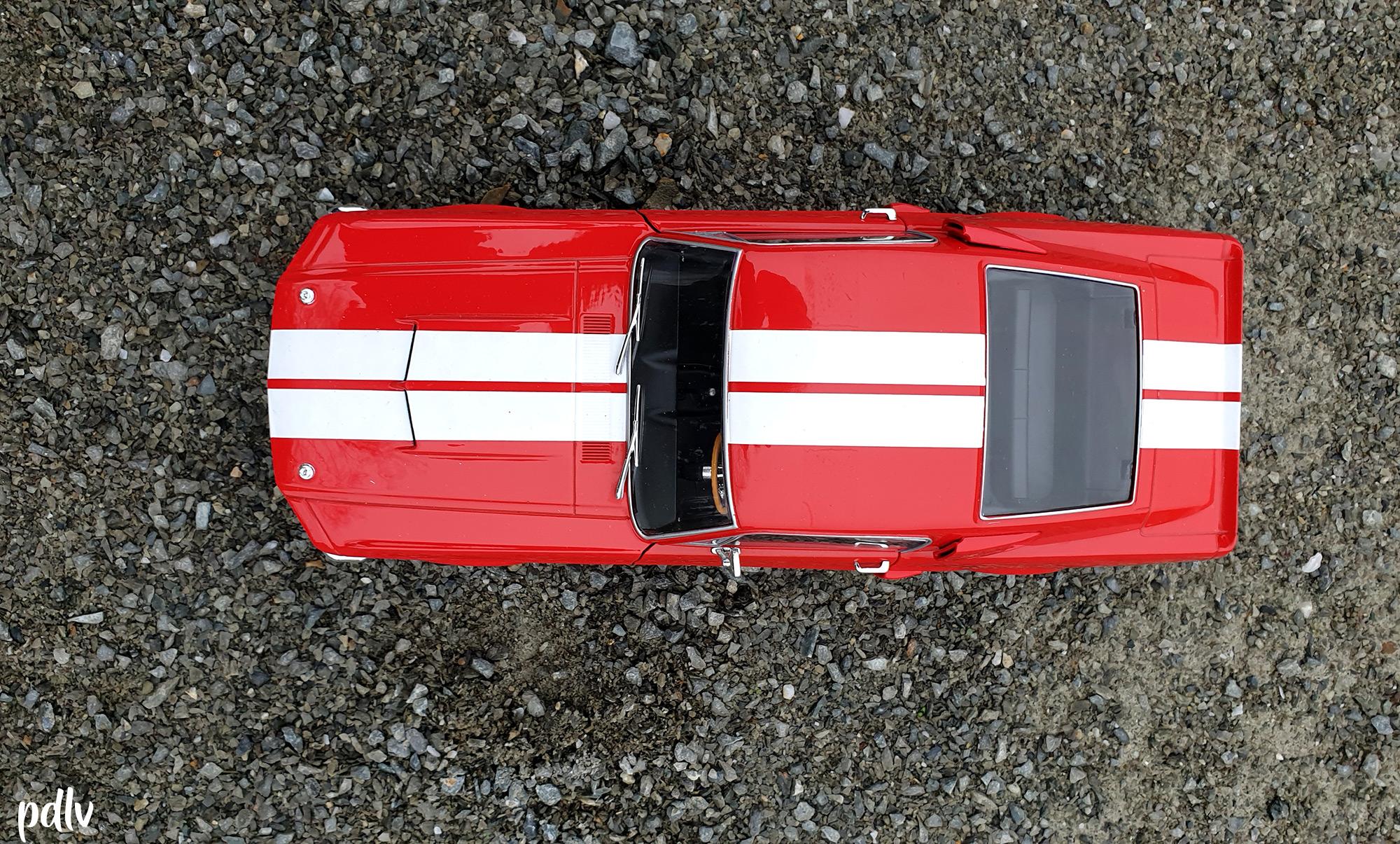 Shelby GT500 Solido S1802902 vue de dessus