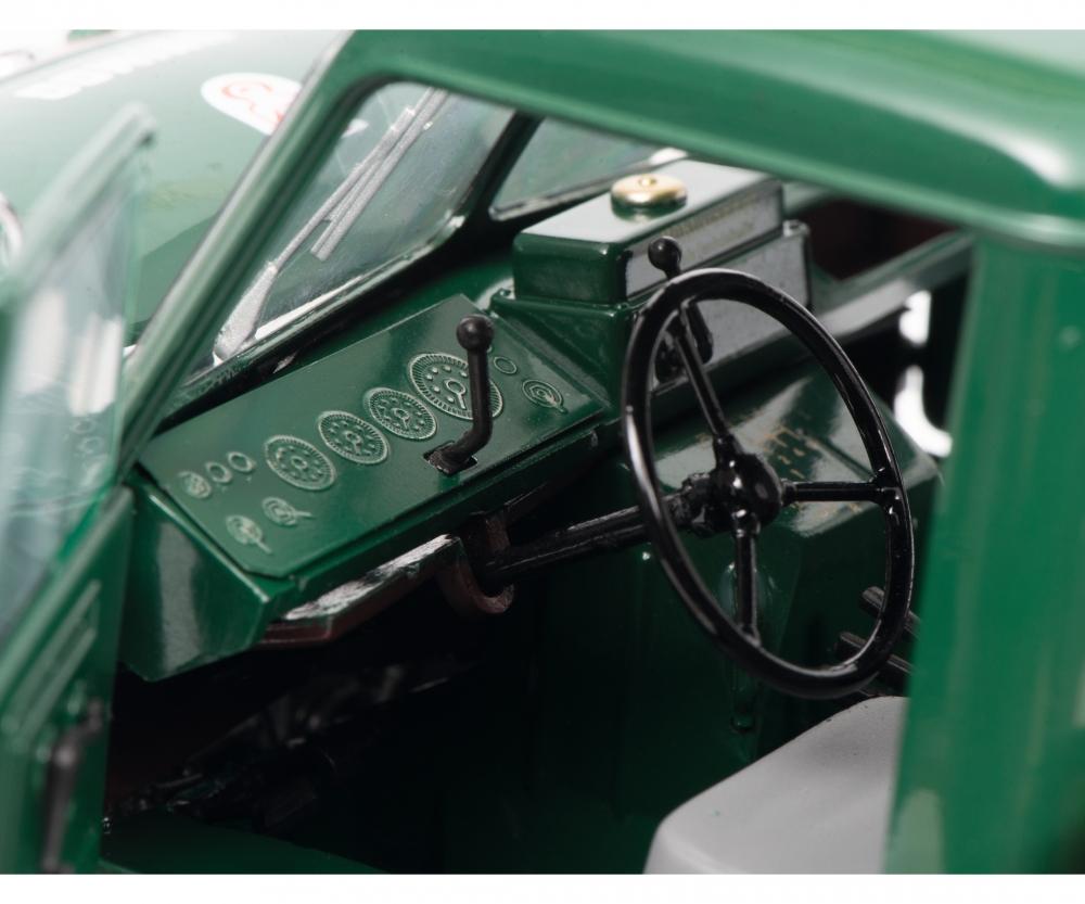 450016700-mercedes-unimog-401-schuco-portes