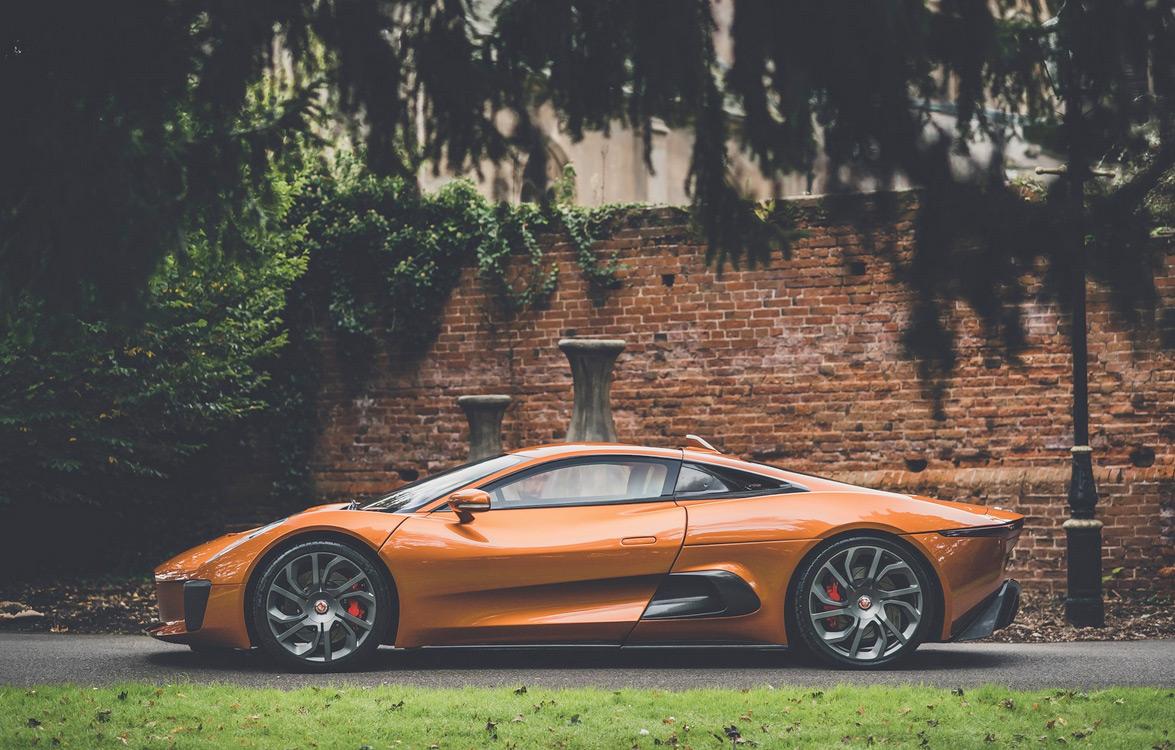 jaguar-c-x75-profil