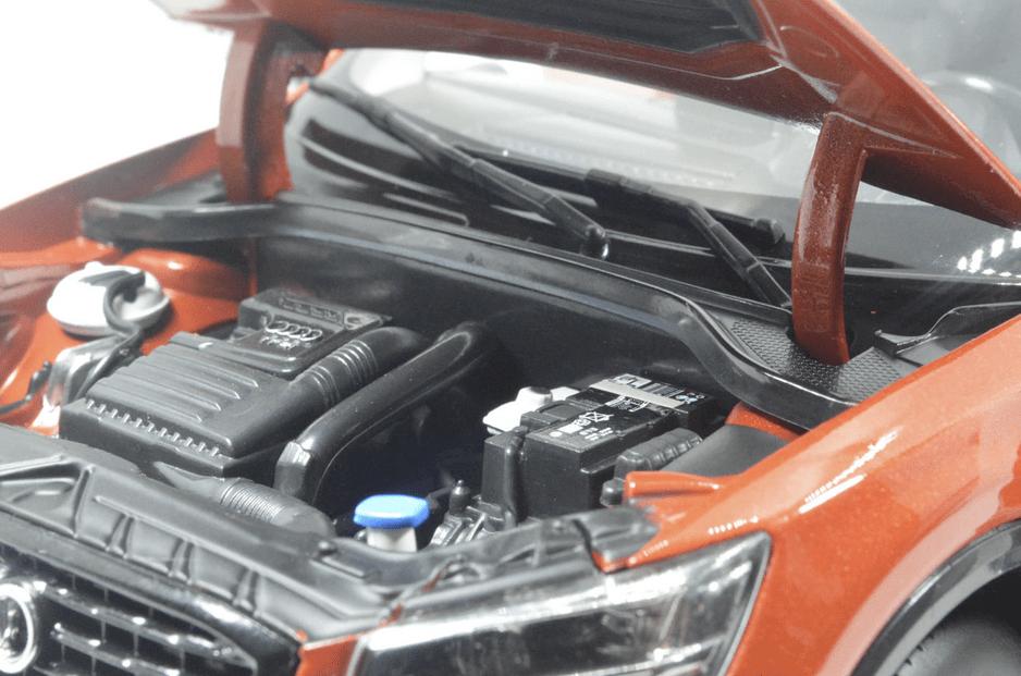 Audi Q2L Paudi orange moteur