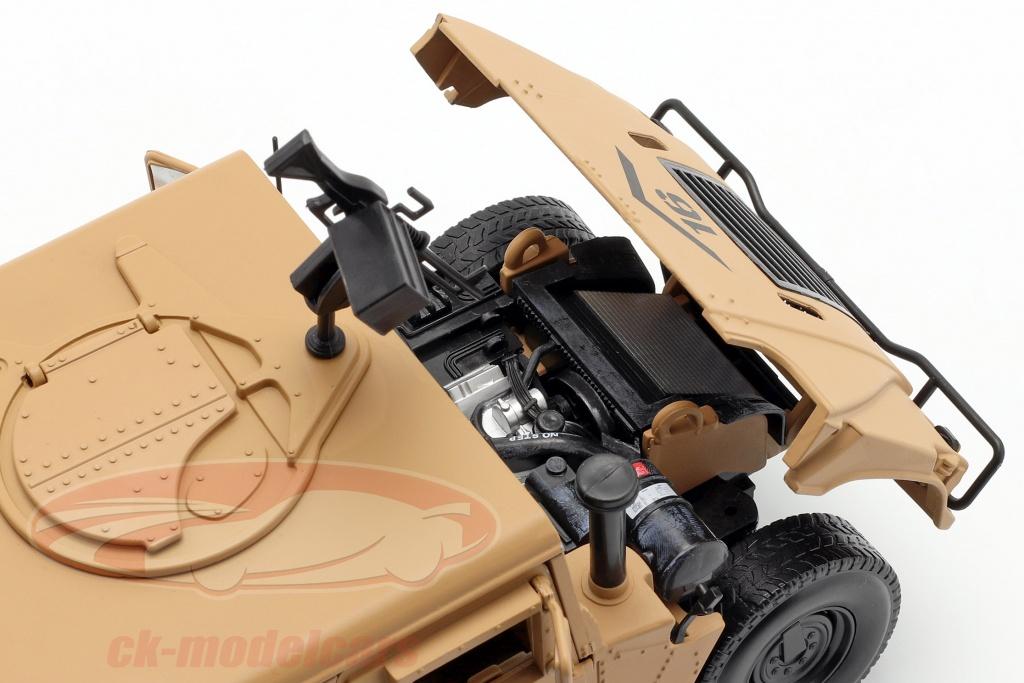 Moteur du Humvee R2 de Autoworld au 1/18