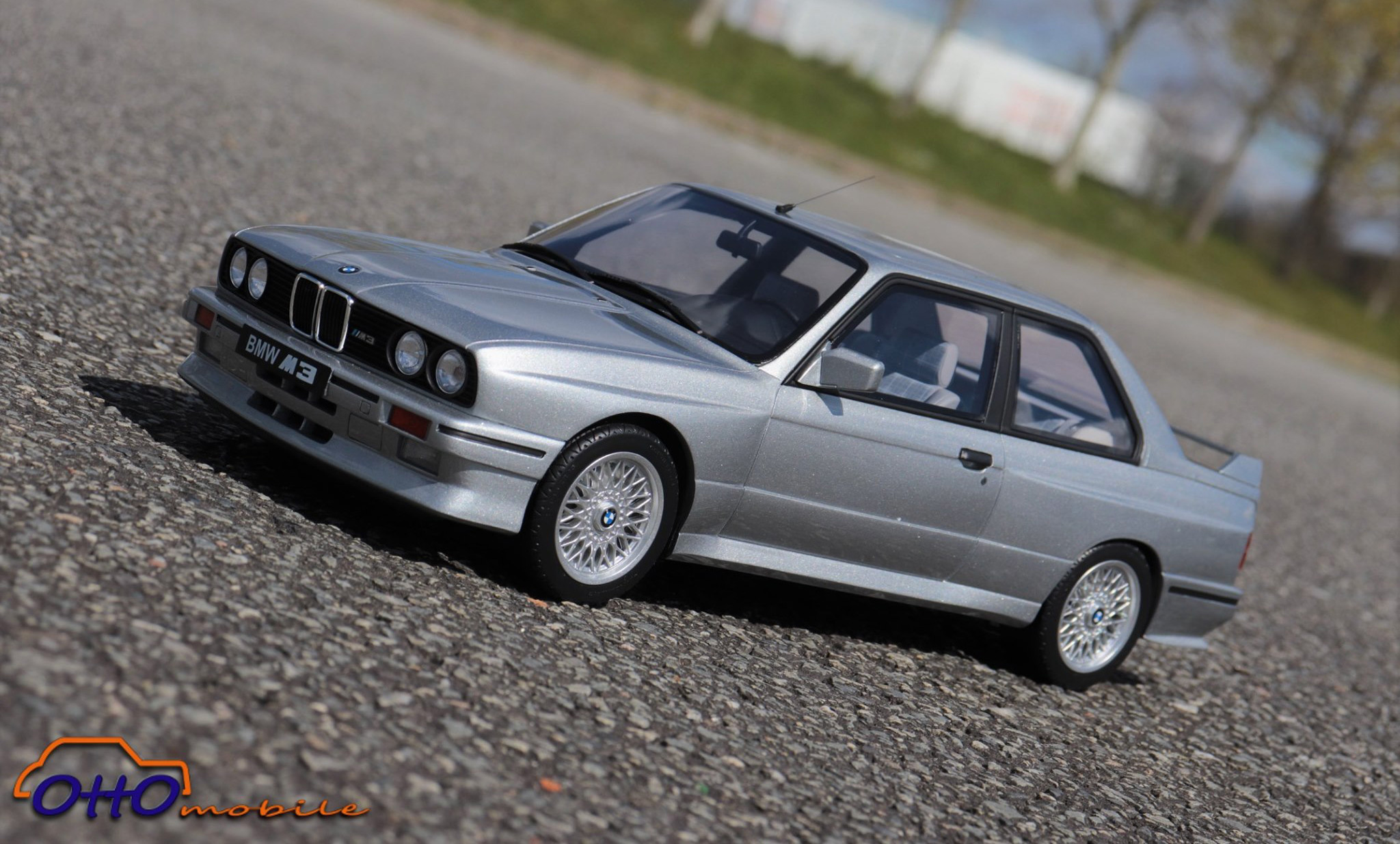 1/12 BMW M3 E30 Silver OttOmodels