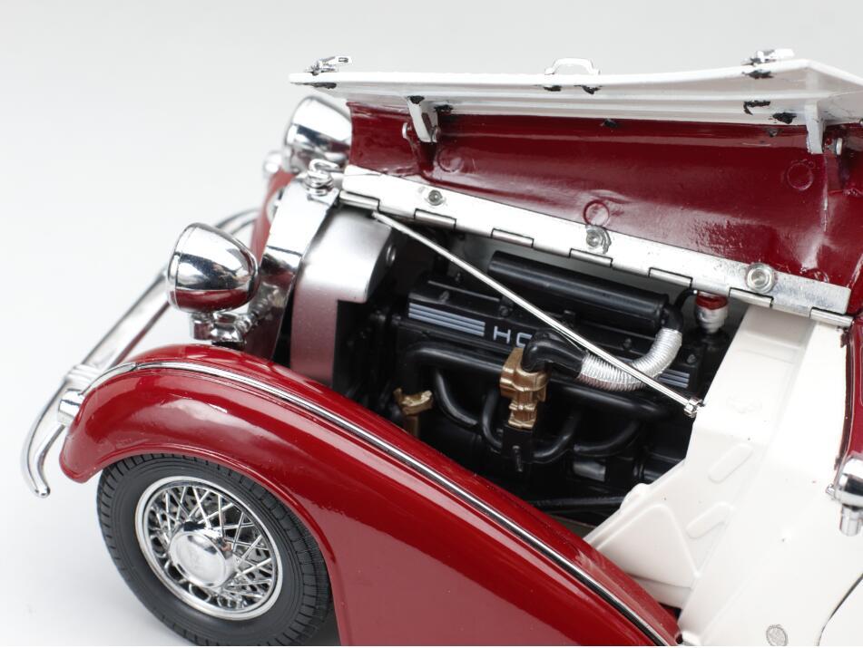1/18 Horch 855 SunStar 2406 capot moteur