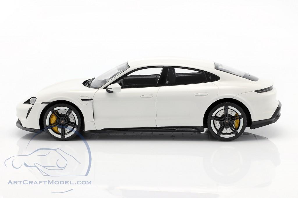 1/18 Porsche Taycan Turbo S Minichamps prix