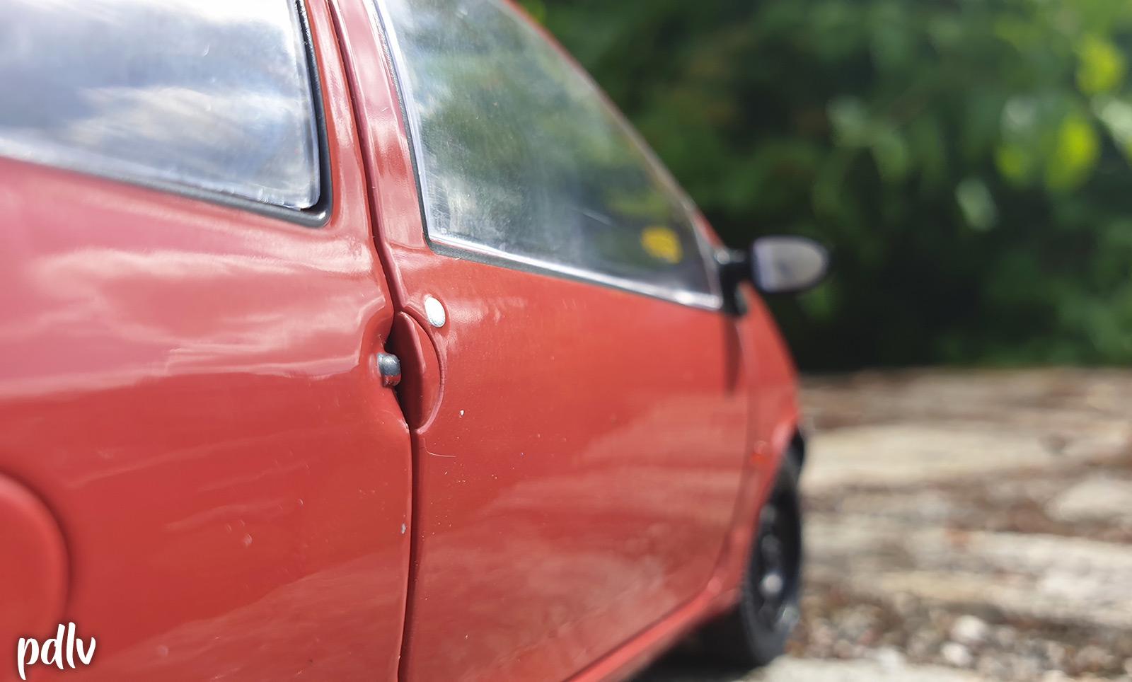 Détails des portes de la Renault Twingo 1 Solido