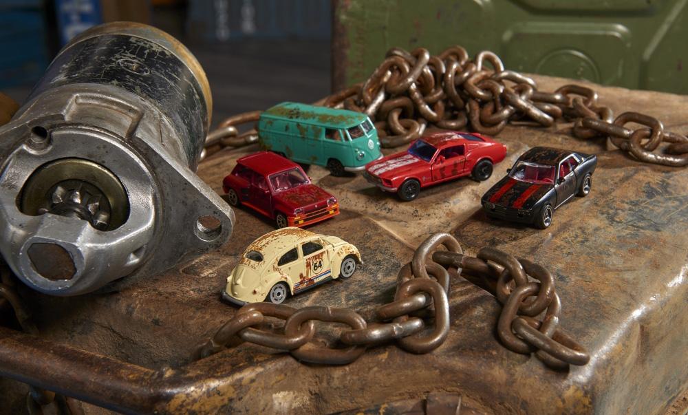 212052012 Majorette Giftpack rusty