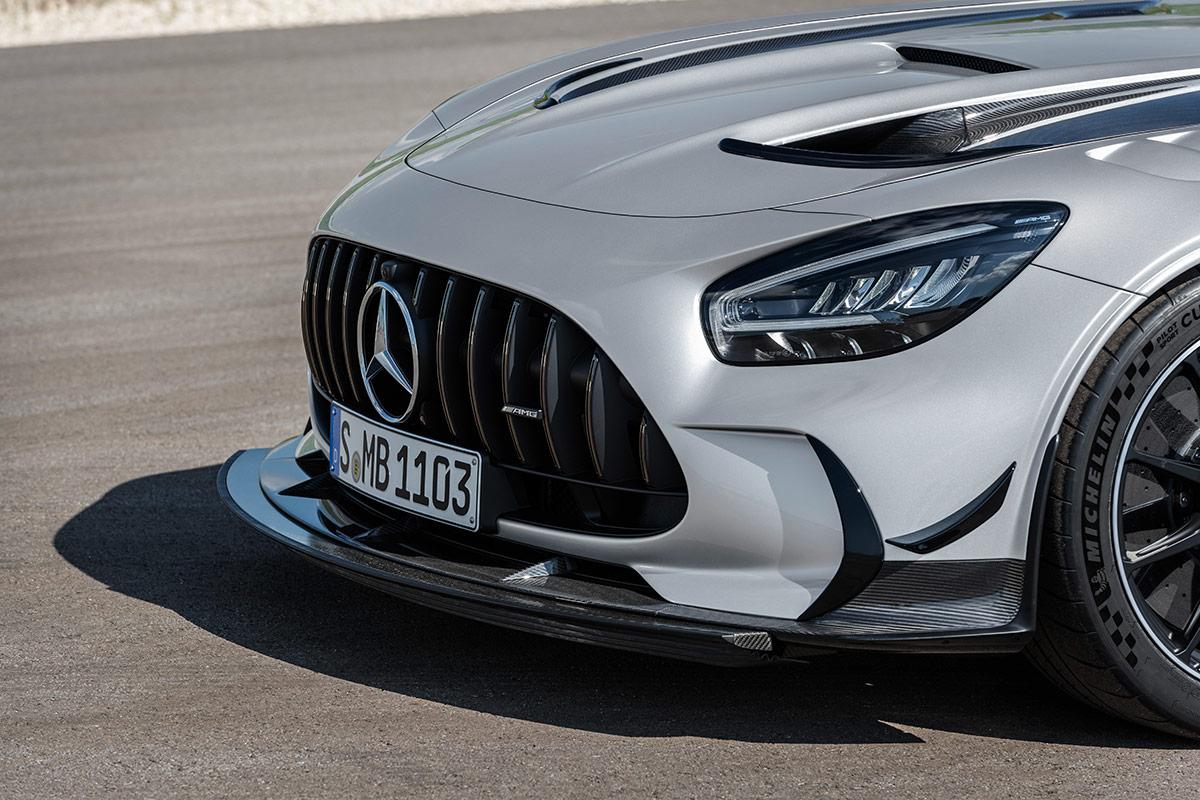 Calandre et pare-choc de la Mercedes AMG GT Black Series