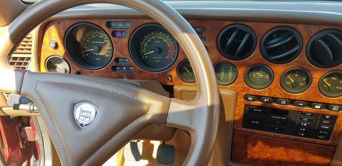 Volant Lancia Thema 8.32