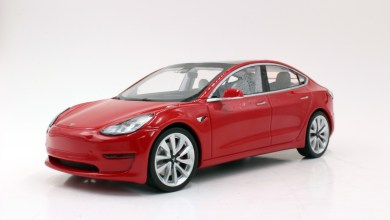 Photo of 1/18 : LS Collectibles dévoile sa Tesla Model 3