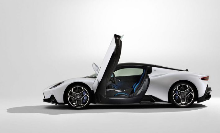 Maserati MC20 portes en élytre