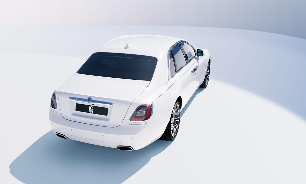 Arrière Rolls Royce Ghost 2020