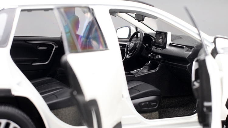 1/18 Toyota RAV4 Paudi intérieur