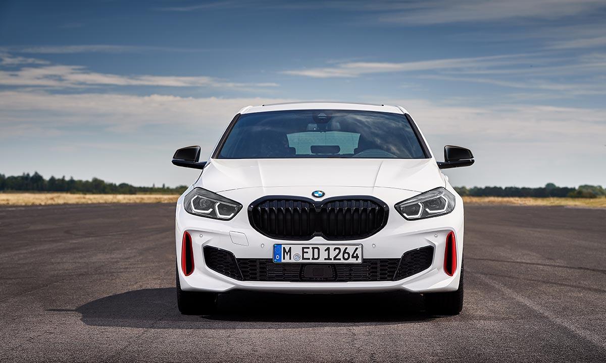 Avant BMW 128ti