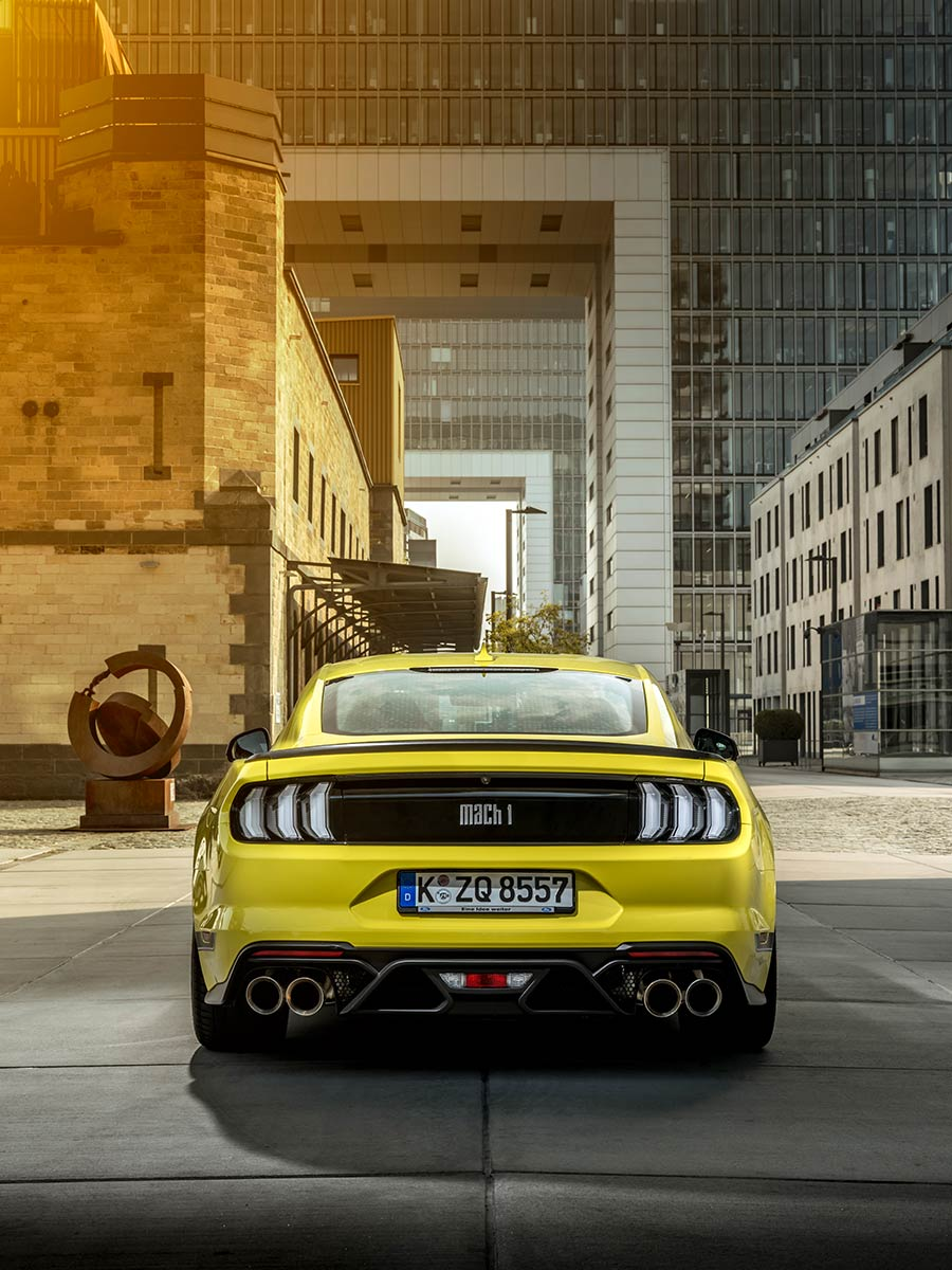 Ford Mustang Mach 1 coulers