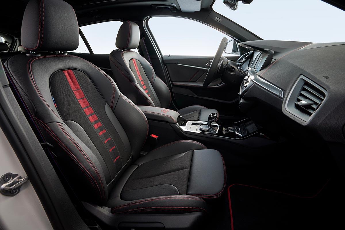 BMW 128ti sièges