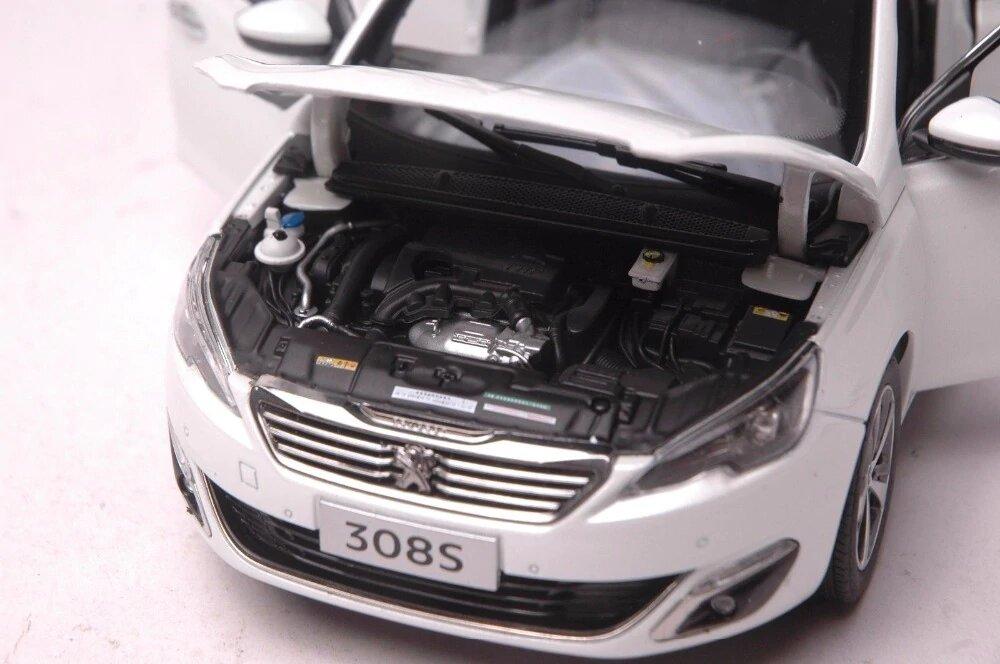 1/18 Peugeot 308 2015 moteur