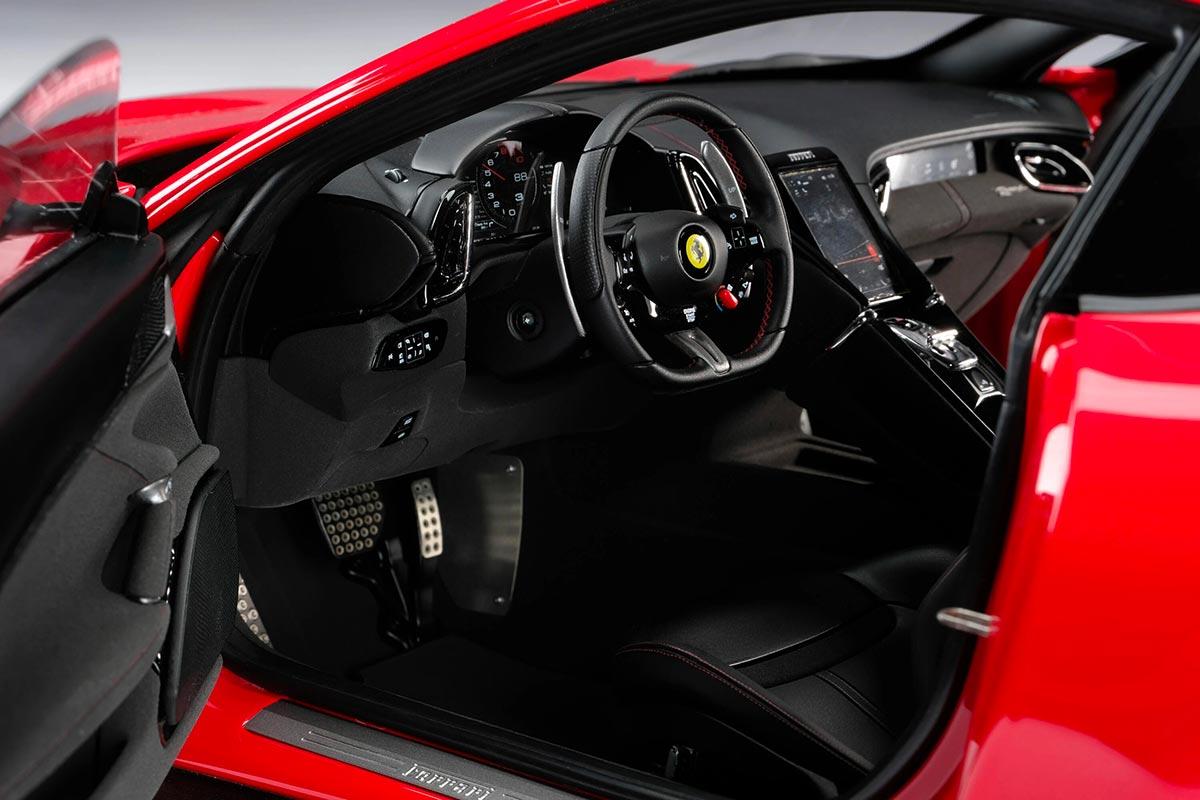1/8 Ferrari Roma intérieur