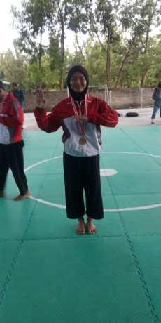 Salah satu Siswi Jawara Silat Putri OSN Gunungkidul 2019