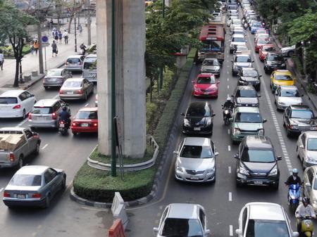 「シンガポール 渋滞」の画像検索結果