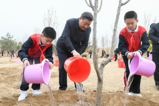 Xi Jinping은 10 일 이상 특이한 칩 … 'Shadow'Liu 그는 베이징에 머물고있다