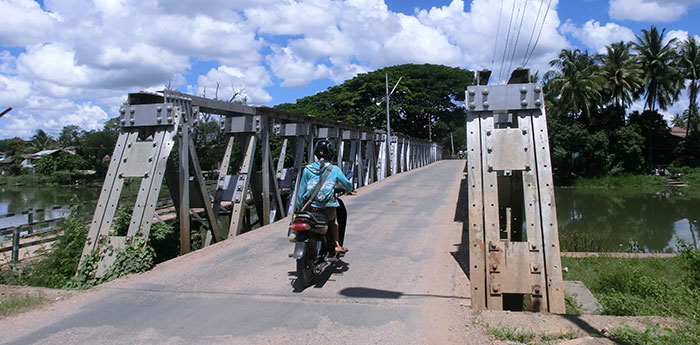 """Photo 1: A bridge in the state capital of Loikaw built by the Japanese army during World War II is still used today. The locals call it """"Japan Bridge"""" (Japan Dadah). (Photo by the author.)"""