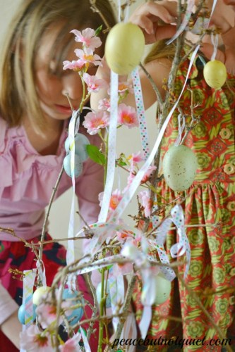 Easy Easter Craft: The Easter Tree