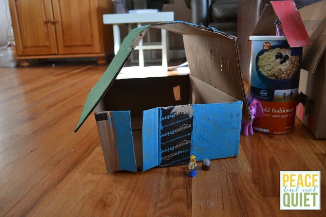 Do you have a ton of cardboard shipping boxes leftover from Christmas? Try making these easy dollhouses -- as much fun to make as they are to play with!