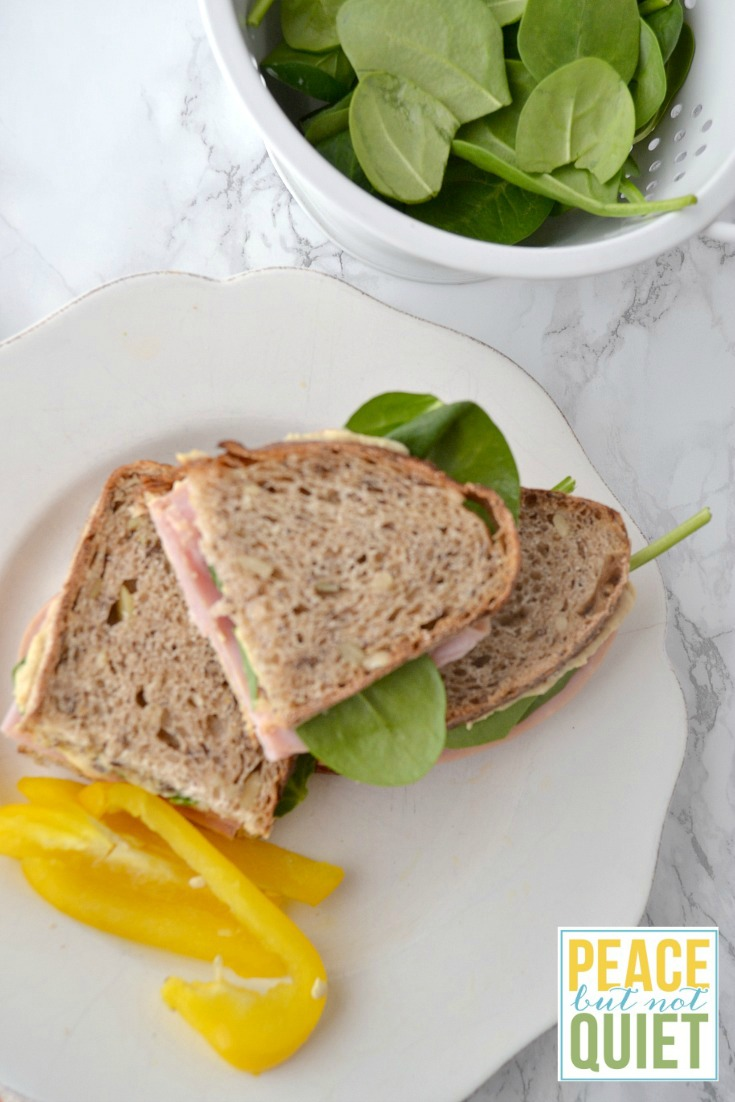 A delicious ham and hummus sandwiches recipe