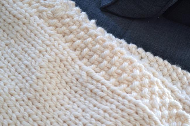 A Free Delightfully Chunky Blanket Knitting Pattern
