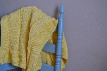 Make this easy knitting pattern – Mock Cable Baby Blanket