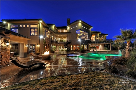 photo credit - www.luxuryhomes.com