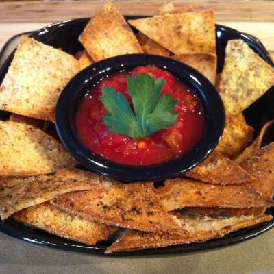 Garlic-Parmesan Baked Tortilla Chips
