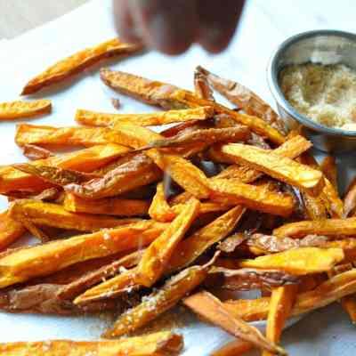 Sriracha Sweet Potato Fries – Paleo, Gluten Free
