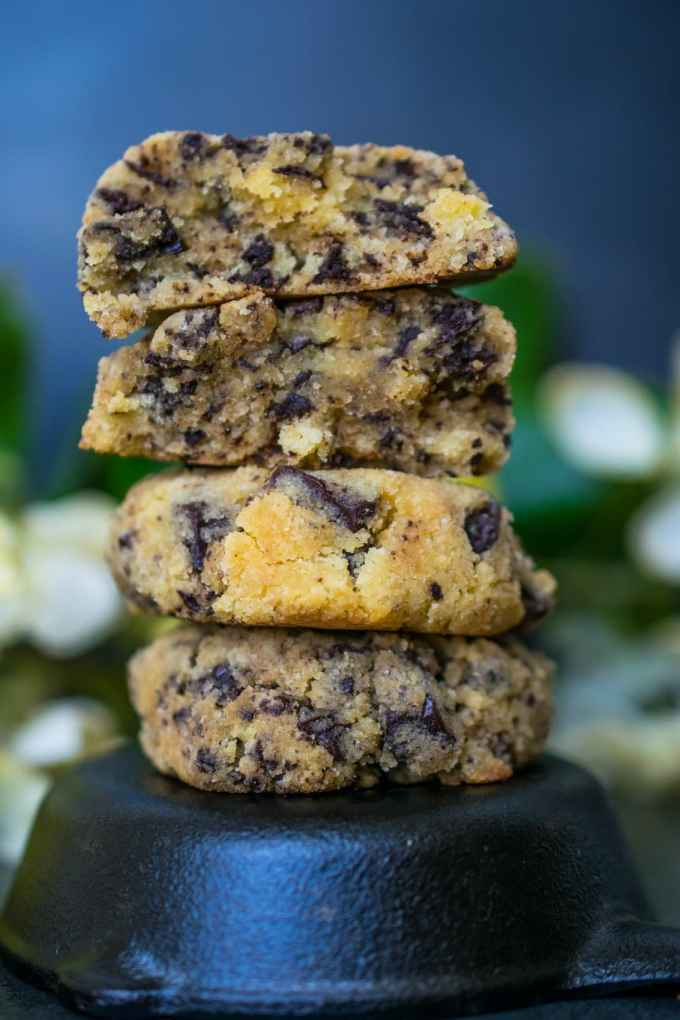 Keto Chewy Chocolate Chip Cookies - Perfectly chewy and gooey, low carb chocolate chip cookies | Peace Love and Low Carb