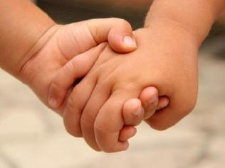 https://i2.wp.com/peacelovewings.com/wp-content/uploads/2011/04/children-holding-hands.jpg