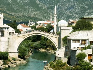 During the Croat-Bosniak Conflict (1991-93) this bridge was completly destroyed. After the end of the war, the bridge was reconstructed as a symbol of peace and ethnic harmony. It was rebuild with the same materials and original techniques.