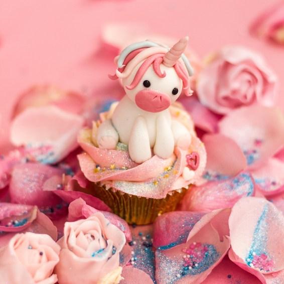 unicorn-the-cupcake-club-peaches-in-the-wild-
