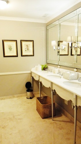 Peaches-in-the-Wild-Four-Seasons-ballroom-bathrooms