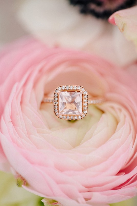 princess-cut-halo-rose-gold-wedding-engagement-rings