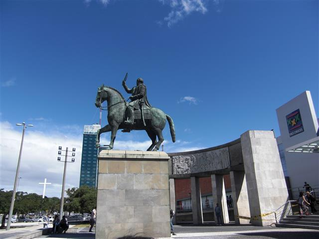 Montevideo 10
