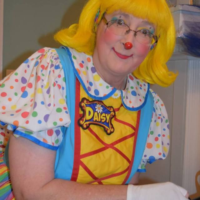 Daisy – Professional Clown – Alley VP