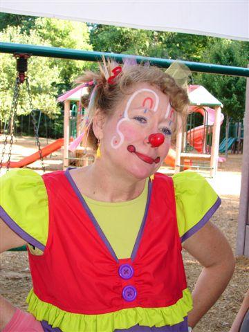Miss Teacup – Professional Clown