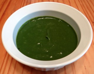 Organic spinach and apple homemade baby food