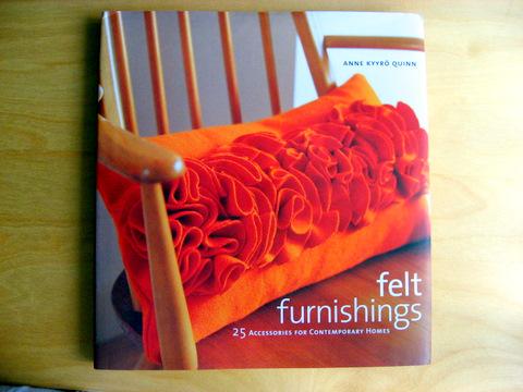 Book Review: Felt Furnishings (1/5)