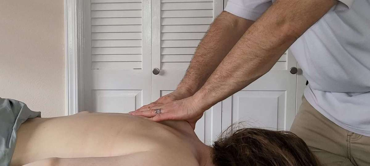With PEAKiropractic, you get mobile massage therapy as part of our mobile chiropractic services offered to you.