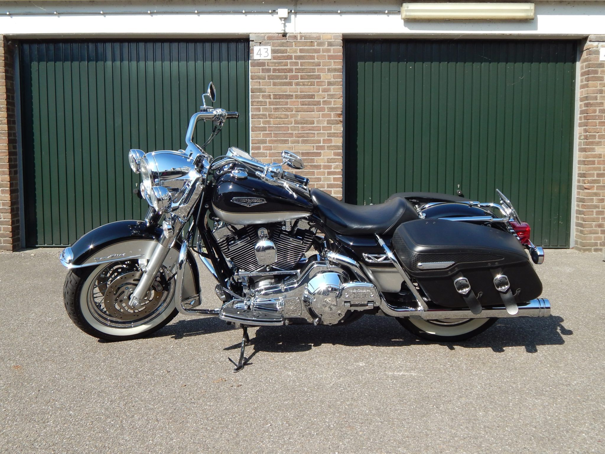 Peak Perfection motor cleaning poetsen Harley Davidson